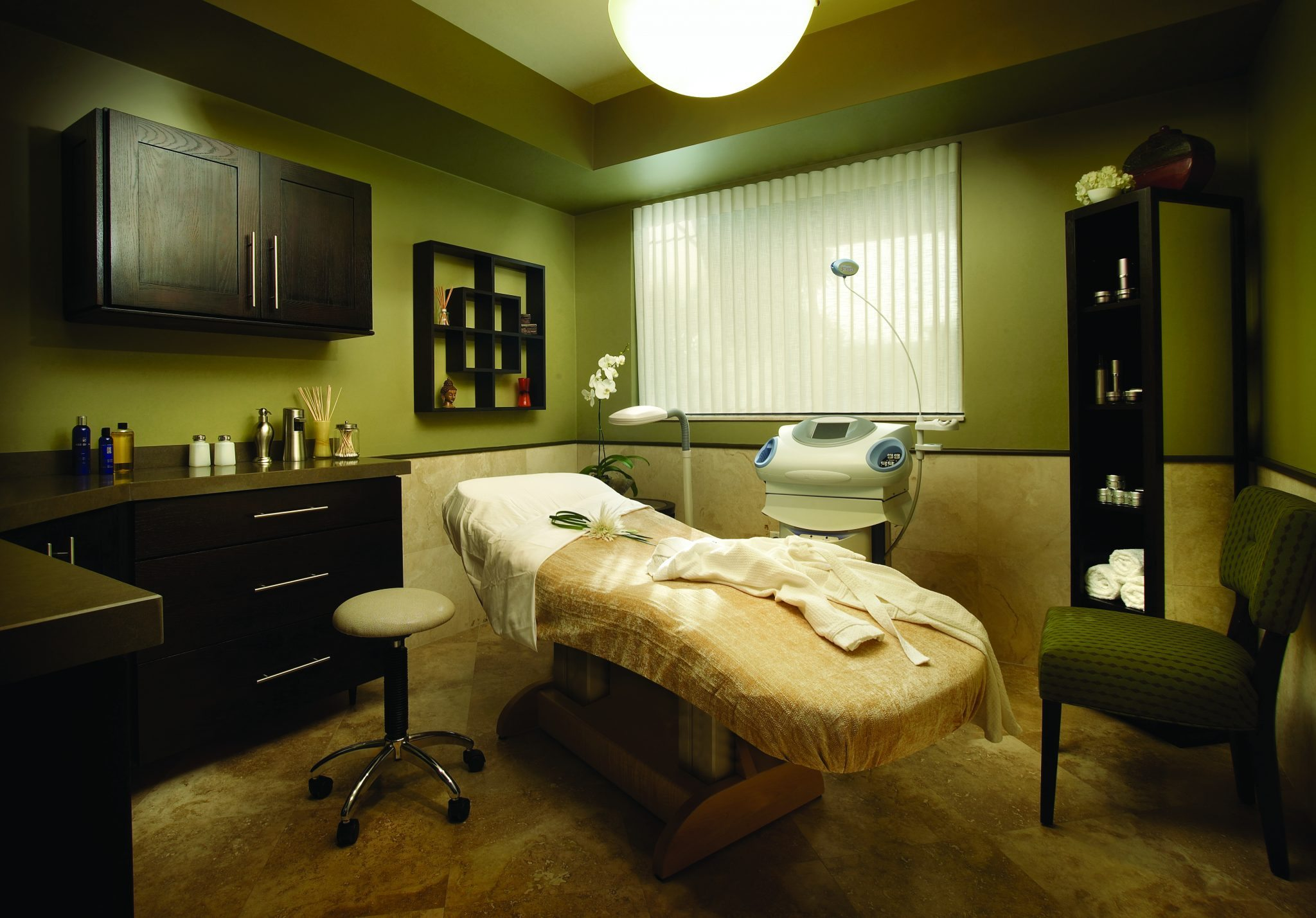 Esthetic Skin Institute - Fully Equipped Treatment Room